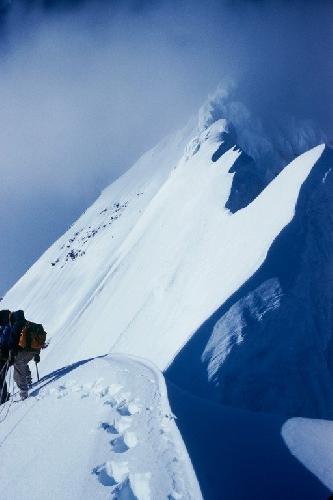Первое восхождение на гору Дебора, Аляскинский хребет 1954 год