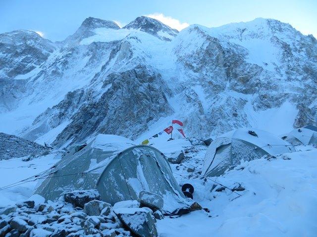 Базовый лагерь польской экспедиции на Броуд Пик 2013 г