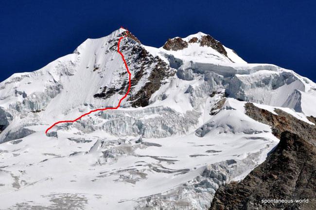 """Víctor Rimac Trejo - новый соло маршрут """"La ventanita de la paz"""" (D+, 50-70°, 6а) по Восточному склону на Южную вершину пика Уайна-Потоси (Huayna Potosí, 5.950 м) Боливия"""