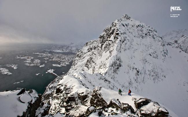 Норвежский архипелаг Лофотенских островов - рай для зимнего альпинизма