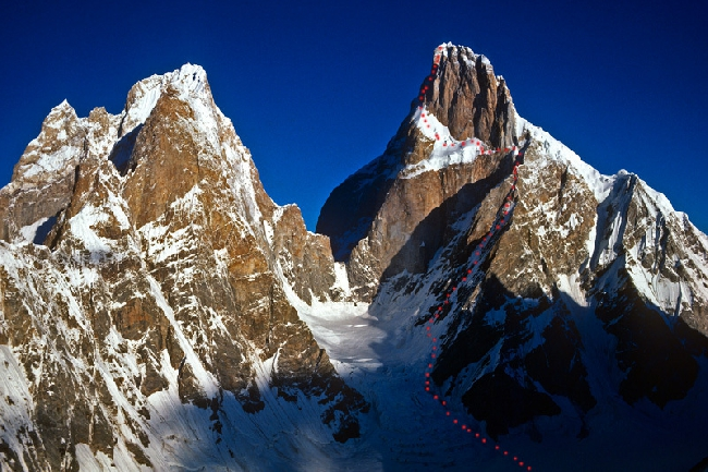 маршрут на вершину Ogre (Baintha Brakk, 7285 метров, Каракорум) по новому маршруту на Южной стене