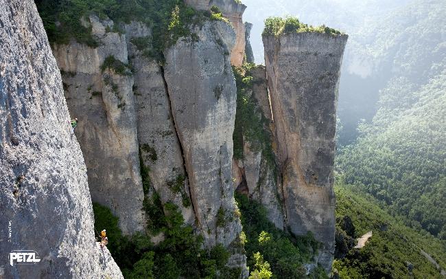 мультипитчевый маршрут в ущелье  la Jonte, Франция