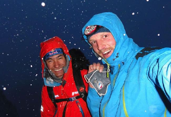"David Lama и Peter Ortner на маршруте ""Compressor"", Cerro Torre, февраль 2011"