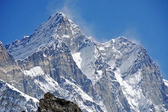 Лхоцзе (Lhotze, 8501 м) – четвертый по высоте восьмитысячник мира