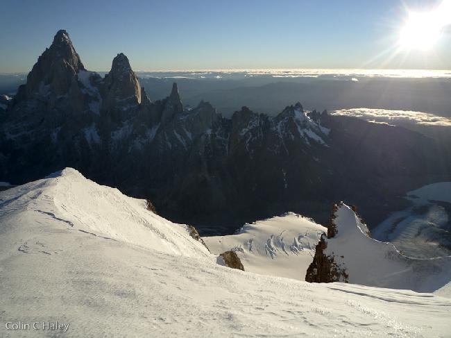 Утро на Fitz Roy, вид с вершины Cerro El Ñato