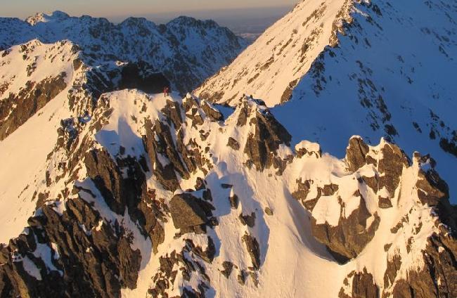 словацкие альпинисты Michal Sabovčík и Adam Kadlečík в зимнем прохождении Главного хребта Татр