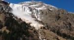 Сход лавины во Французских Альпах. ВИДЕО
