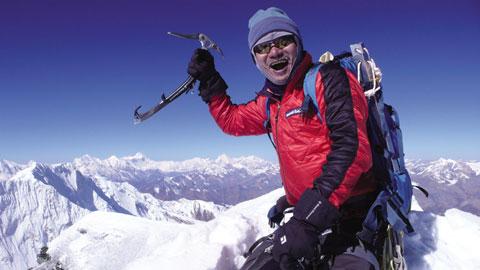 Ким Чанг-Хо (Kim Chang-ho) на вершине Himjung (7140 м)