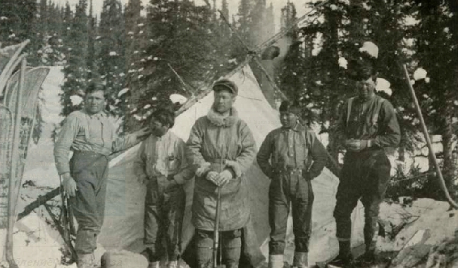 Robert G. Tatum, Esaias, Harry Karstens, Johnny Fredson, Walter Harper. Фото Hudson Stuck