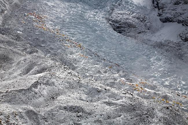 """Базовый лагерь Эвереста. И это еще до начала """"высокого сезона"""" восхождений. Фото  Jonathan Griffith"""