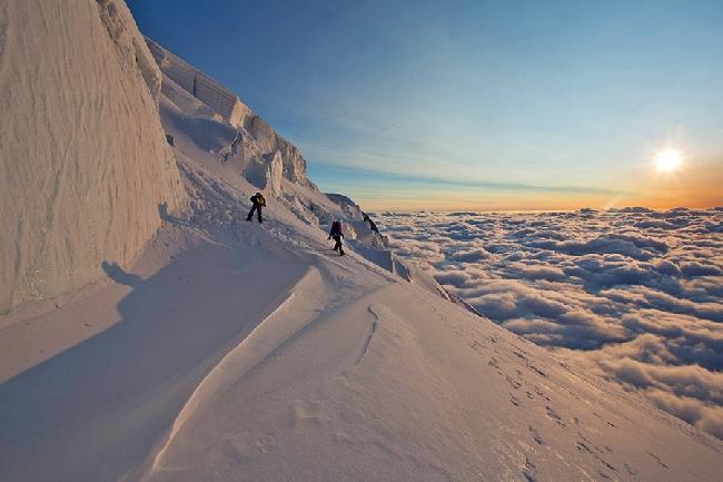 Потрясающий закат на Mont Blanc du Tacul
