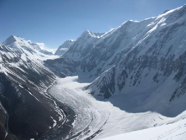 пик Клары Цеткин (6641 м)