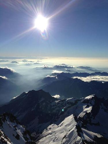 Вид на массив Монблан с горной хижины Маргерита (Margherita, 4554м)