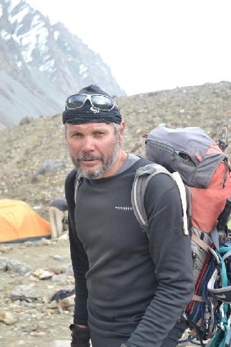 руководитель экспедиции Сергей Ковалев