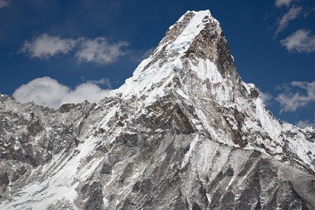 Аэрофотосъемка стандартного маршрута на вершину Ама-Даблам, Непал. Фото Jon Griffith