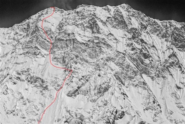 маршрут восхождения Янника Гразиани (Yannick Graziani) и Стефана Бенуа (Stephane Benoist) по Южной стене Аннапурны