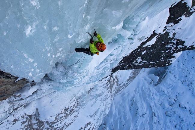 Декабрь: ледолазных маршрут на Nuit Blanche