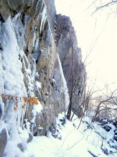 Лёд не сформировался и участки его короткие.