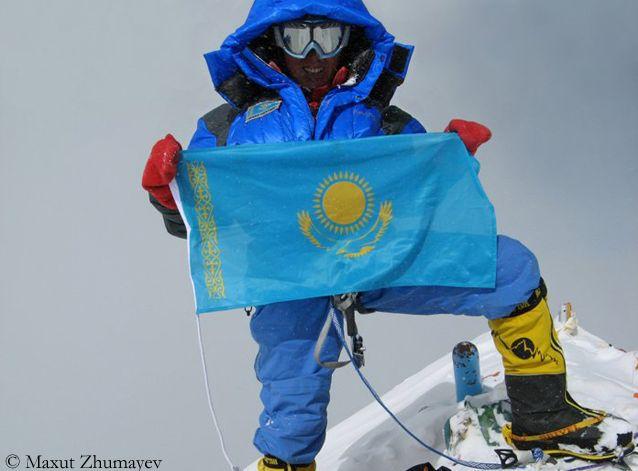 Максут Жумаев на Эвересте в 2007 году