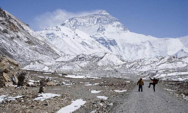 Базовый лагерь Эвереста со стороны Тибета