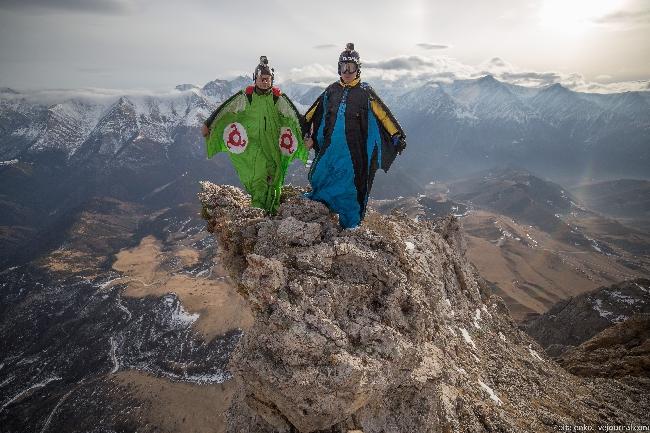 прыжок с Цей-Лоам (3170 метров)
