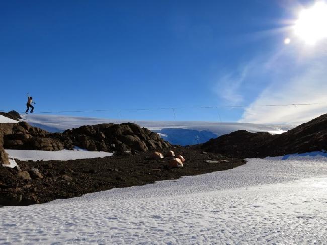 Слэклайн в Антарктиде