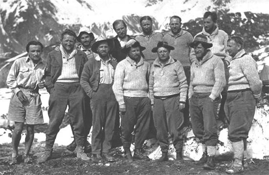 Члены немецко-австрийской экспедиции на Нанга Парбат в 1934 году. Второй слева  Вильгельм (Вилло) Венцельбах (Willo Welzenbach)