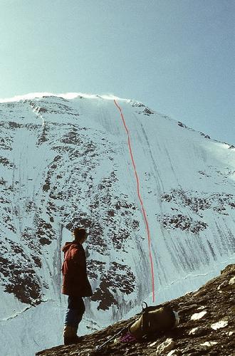Северо-западная стена Gross Wiesbachhorn (3570 м) с историческим маршрутом восхождения Вильгельм (Вилло) Венцельбаха и Фрица Ригеля