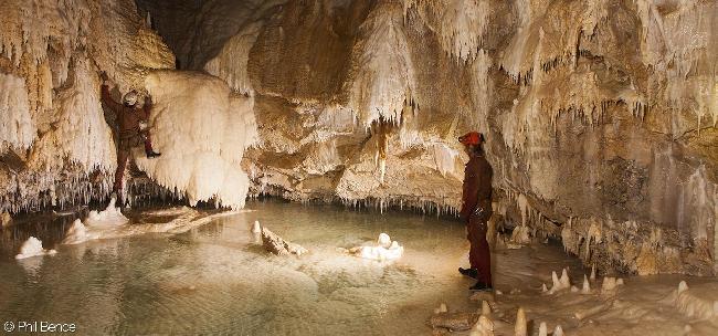 пещеры Папуа-Новой Гвинеи