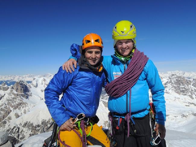 Ули Штек (Ueli Steck) и Михи Воллебен (Michi Wohlleben) на вершине Чима Овест ди Лаваредо (Cima Ovest)