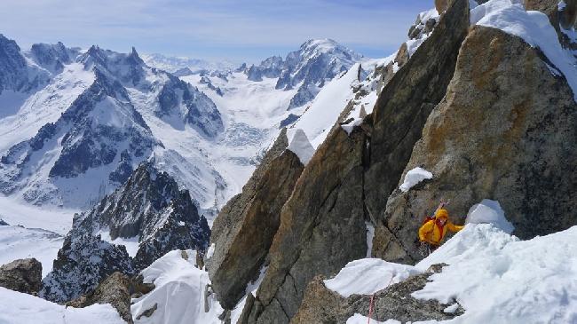 Восхождение на Эгиюй Верт (Naia-Aiguille Verte, 4122 м) выход на хребет Sans Nom