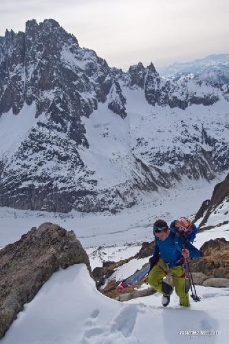 Восхождение к горной хижине Charpoua