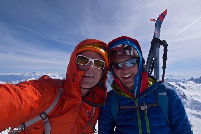 Джонатан Гриффит с напарником на вершине Эгиюй Верт (Naia-Aiguille Verte, 4122 м)