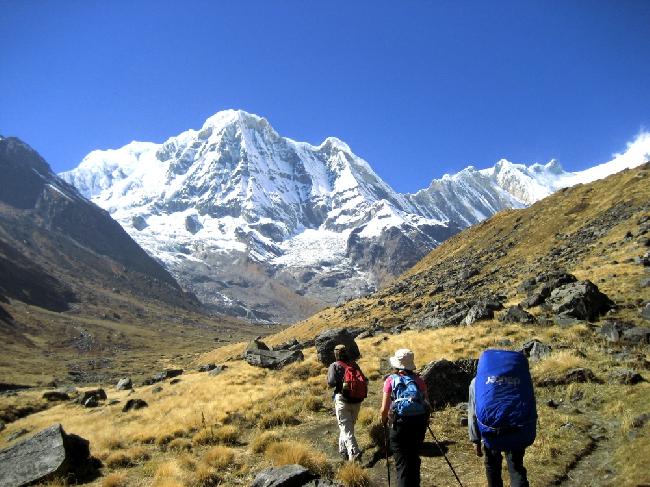 «Трек вокруг Аннапурны» или «Кольцо Аннапурны» (англ. Annapurna Circuit) — пеший туристский маршрут в Непале, проходящий вдоль склонов горного массива Аннапурна по территории Национального парка Аннапурны