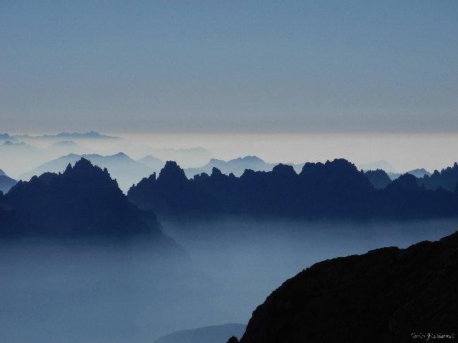 Голубые хребты Доломитовых Альп