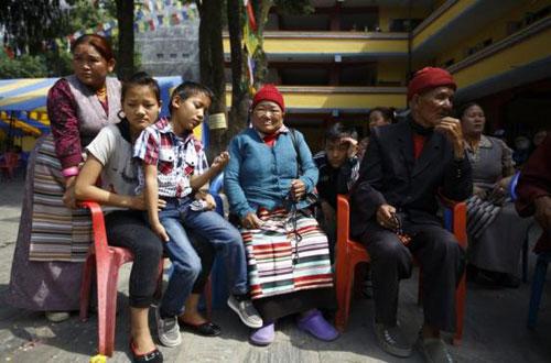 Семья одного из погибших шерп в лавине 18 апреля 2014 года