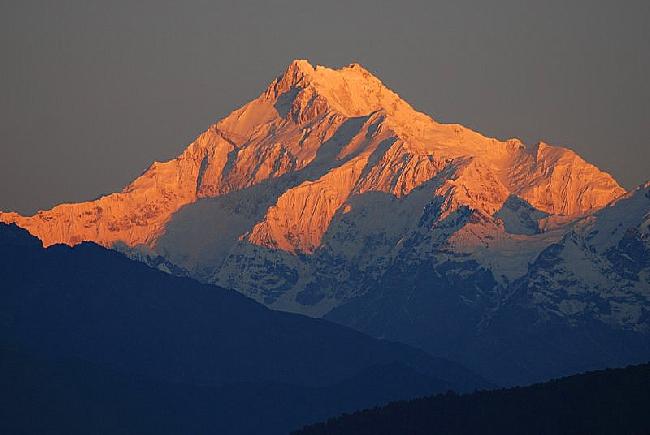 Канченджанга (Kanchenjunga, 8586 м)