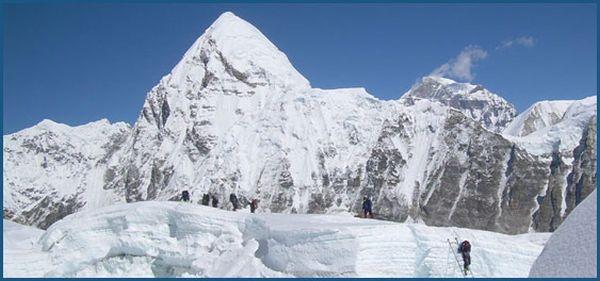 гора Писанг (Mount Pisang, 6091 м)