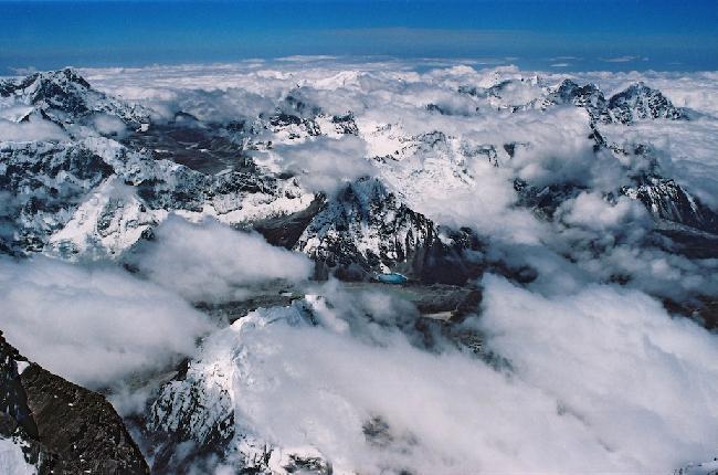 Вид с вершины Лхоцзе Средняя Вид на Юг, в Непал с Вершины, высота 8414 м.