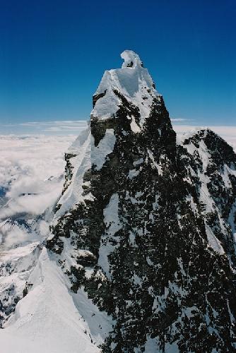 Вершина Лхоцзе Средней перед нашим подъемом.