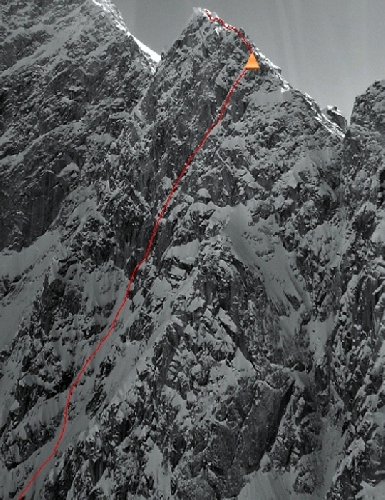 "маршрут ""Down the Rabbit Hole"" (VI WI5+ M6 80 градусов, 1520 метров) на пик Идиот (Idiot Peak, 3260 метров)"