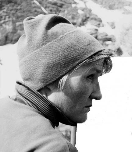 Васильева Нина в Домбае (апрель 1973)