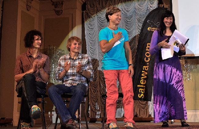Мюриэль Саркани (Muriel Sarkany) получает награду Salewa Rock Award 2014