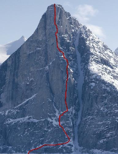 маршрут Harpoon (VI 5.12 A1 1100 м) по центру Северной стены Beluga Spire