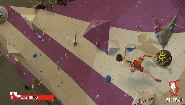 Адам Ондра на финале Чемпионата Мира по скалолазанию 2014 года
