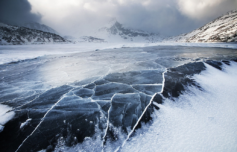 Замерзшая земля, Jezioro del Moncenisio, Долина Суса, итальяно-французская граница