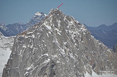 Международная команда альпинистов впервые покорила пик