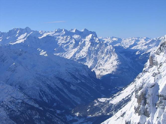 Бернские Альпы у ледника Венден