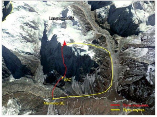 Общее фото вершины с нитками маршрутов