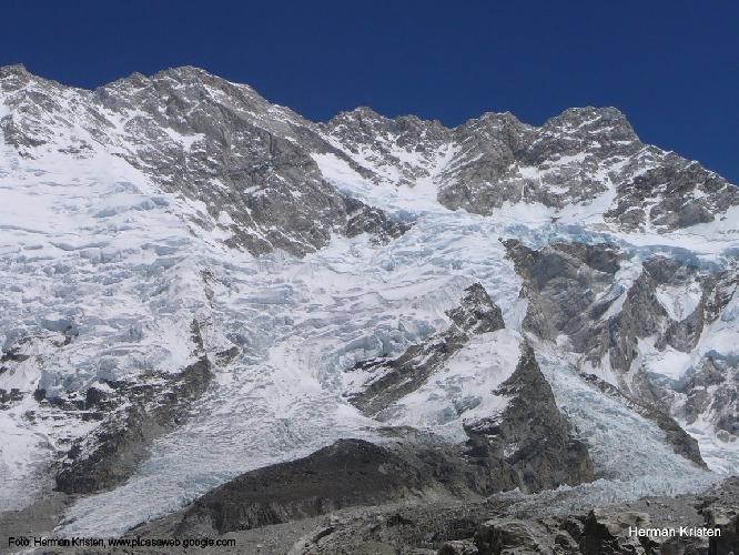 Канченджанга (Kangchenjunga, 8586 м) юго-западный фланг